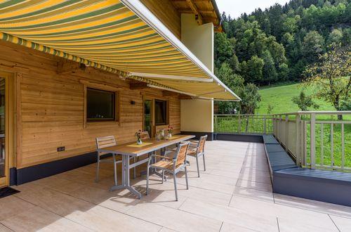 Top 2 - soak up the sun on the terrace ©Hannes Dabernig